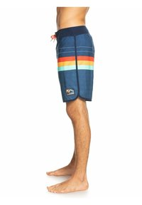 Quiksilver - EVERYDAY MORE CORE  - Swimming shorts - true navy - 3