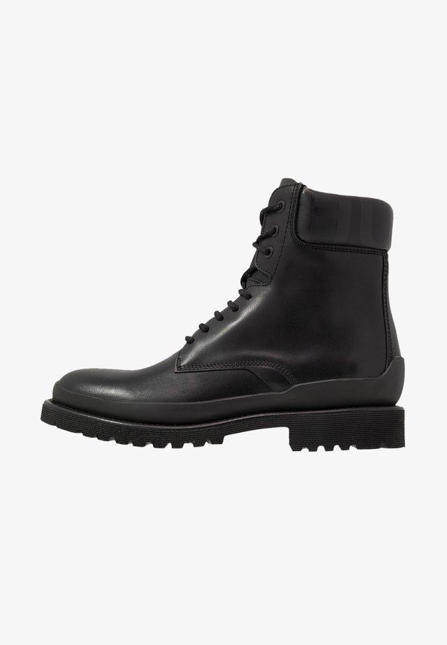 ADVENTURER - Veterboots - black