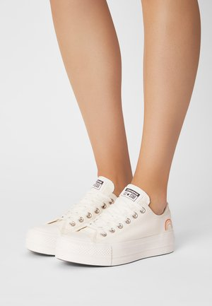 CHUCK TAYLOR ALL STAR LIFT - Sneakers laag - egret/multi/vintage white