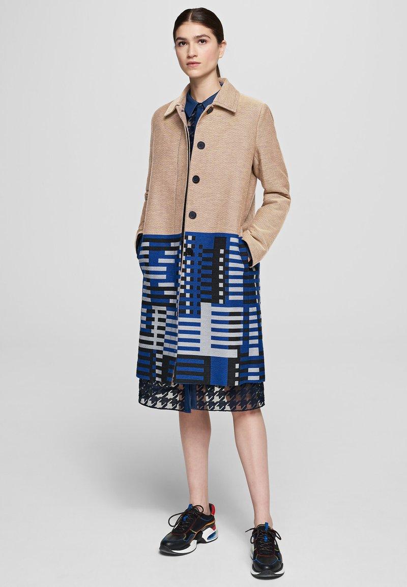 KARL LAGERFELD - Classic coat - beige