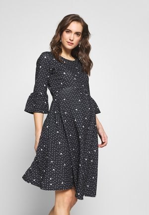 FLUTE SLEEVE FIT AND FLARE DRESS - Jerseykjole - black