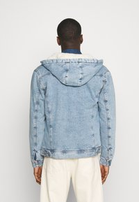 Jack & Jones - JJIJEAN JJJACKET HOOD - Chaqueta vaquera - blue denim - 2