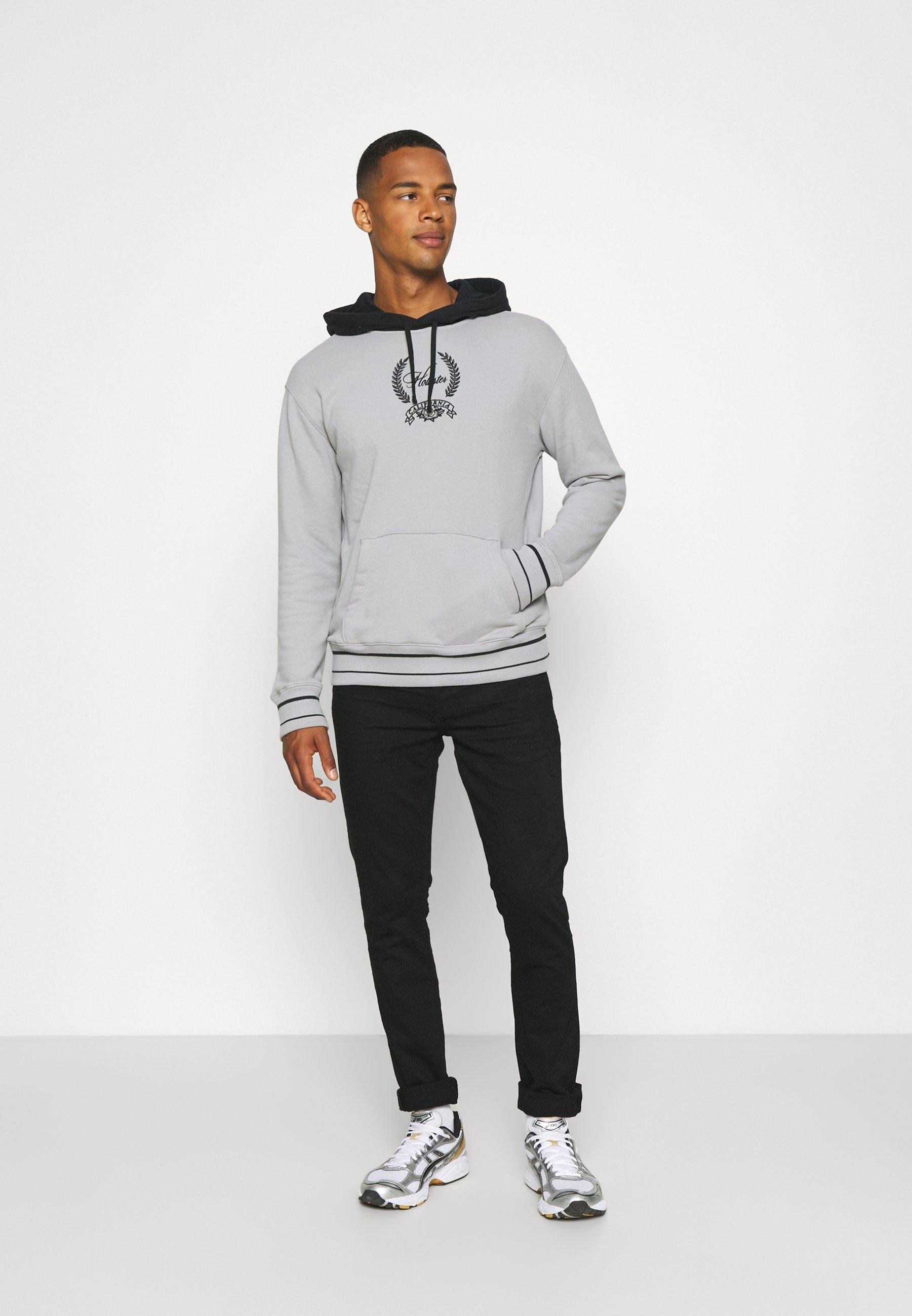 Men CREST BLOCKED - Sweatshirt
