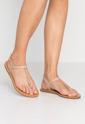 WIDE FIT SKYLER EMBELLISHED TOEPOST - T-bar sandals - nude