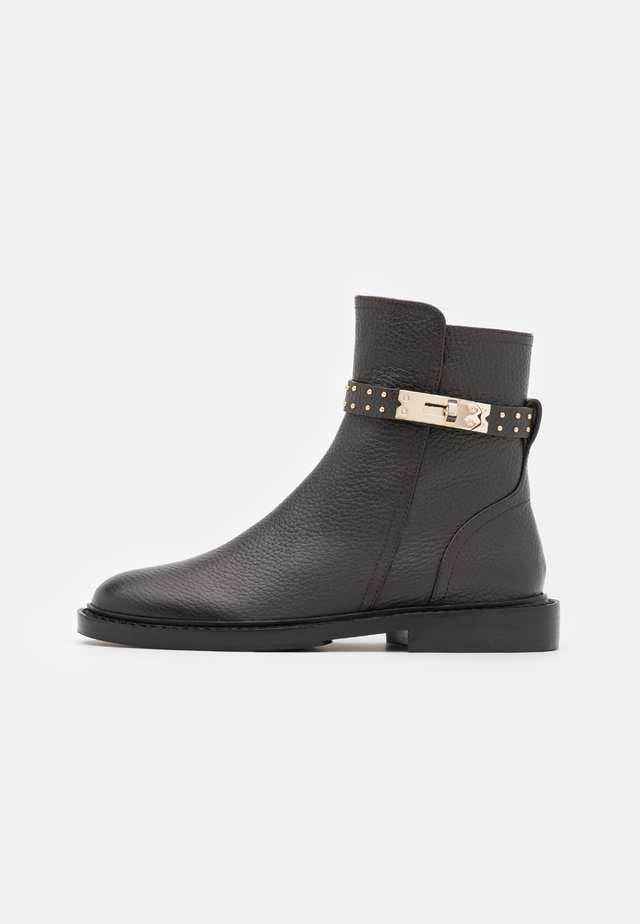 LOCK  - Classic ankle boots - brown/gold