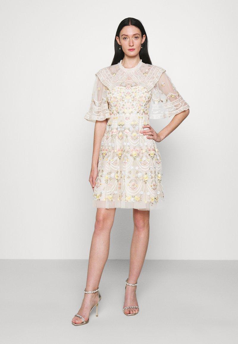 Needle & Thread - REVERIE ROSE MINI DRESS - Koktejlové šaty/ šaty na párty - champagne