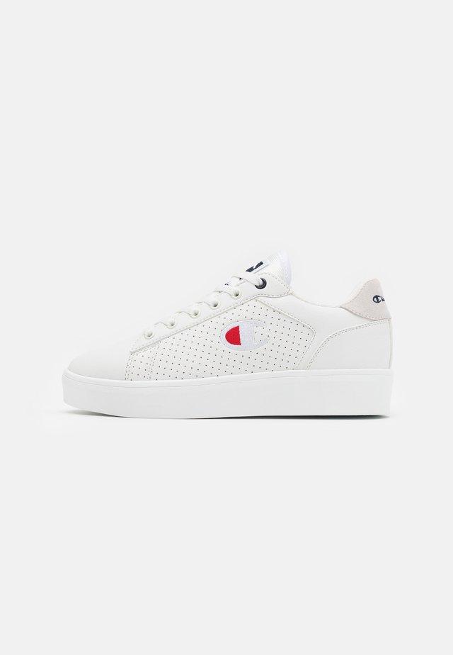 LOW CUT SHOE LA MESA - Sports shoes - white