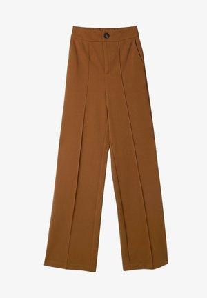 GERADE GESCHNITTENE - Trousers - camel