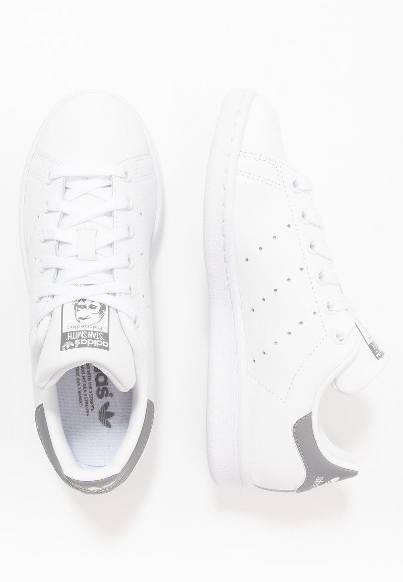 corazón Hito Íncubo  adidas Originals STAN SMITH - Trainers - footwear white/grey three/white -  Zalando.co.uk