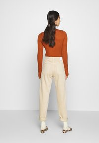 Weekday - LASH - Jeans relaxed fit - light beige - 2