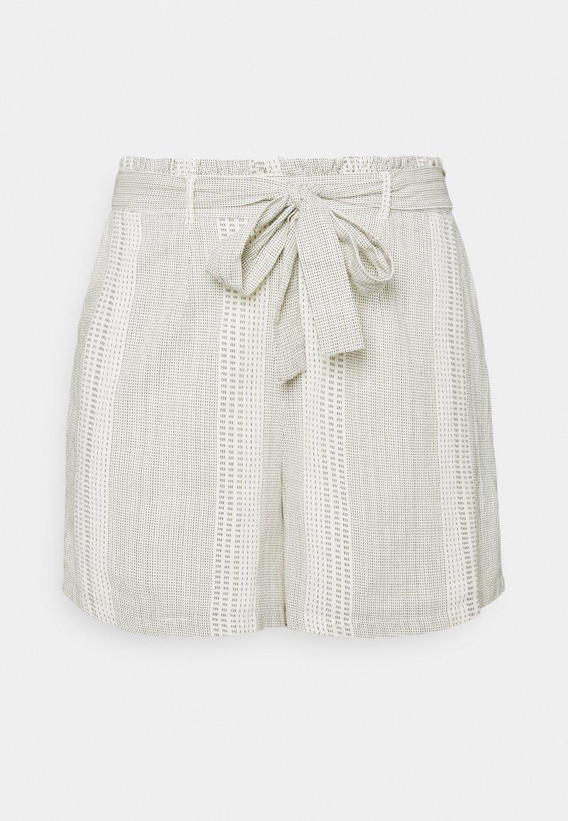 Vero Moda Curve - VMDICTHE TIE  - Shorts - birch