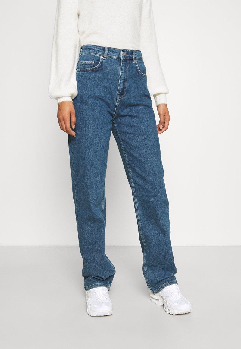 Selected Femme - SLFBLAIR LONG - Relaxed fit jeans - dark blue denim