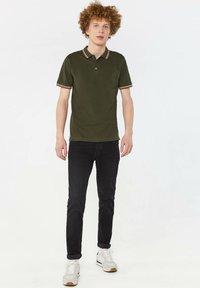 WE Fashion - Pikeepaita - army green - 1