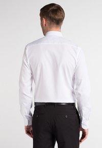 Eterna - SLIM FIT - Camicia elegante - weiß - 2
