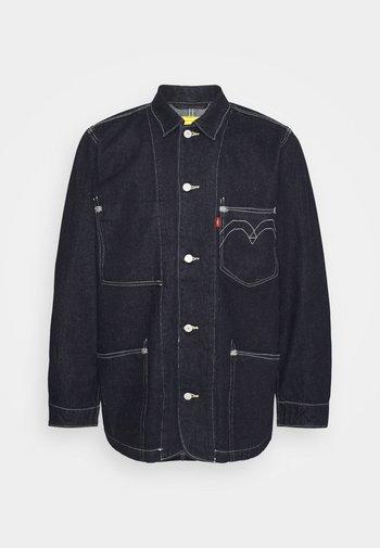 ENGINEERED COAT UNISEX - Kurtka jeansowa - dark indigo