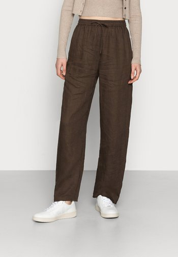 CASUAL TROUSERS - Trousers - brown