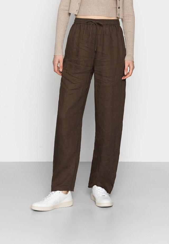 CASUAL TROUSERS - Tygbyxor - brown