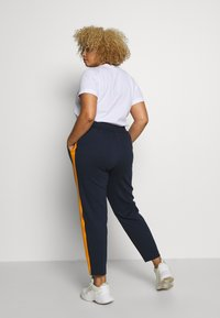 MY TRUE ME TOM TAILOR - ELASTIC WAIST PANTS - Bukser - real navy blue - 2