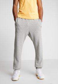 Nike Performance - PANT HERITAGE - Träningsbyxor - grey heather - 0