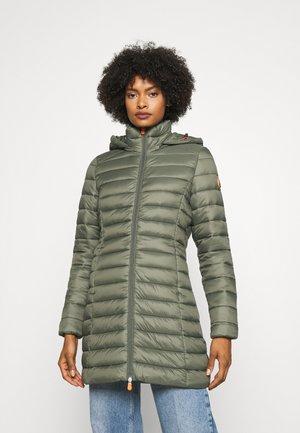 GIGA CAROL - Winter coat - thyme green