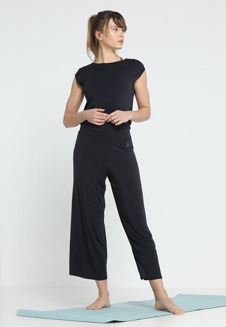 Online Shop Women's Clothing Curare Yogawear JUMPSUIT Gym suit midnight blue FXfhrK4zM