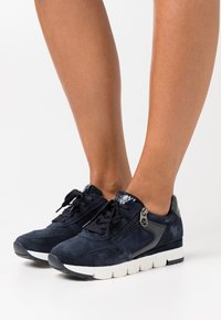 Marco Tozzi by Guido Maria Kretschmer - LACE-UP - Trainers - navy - 0