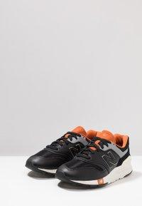 New Balance - CM 997 - Trainers - black - 2