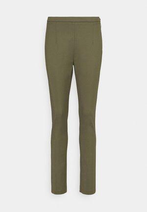 PANTALONI TROUSERS - Kalhoty - deep khaki