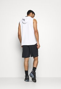Under Armour - BASELINE SHORT - Pantalón corto de deporte - black - 2