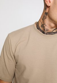 Minimum - SIMS - Basic T-shirt - seneca rock - 5