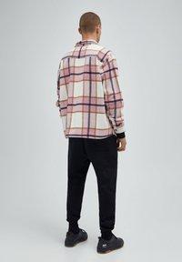 PULL&BEAR - Summer jacket - mottled pink - 3