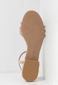 Dorothy Perkins - JEWELLED LOW BLOCK  - Sandaler - nude - 4
