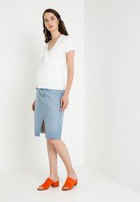 Topshop Maternity - MIDI - Pencil skirt - light-blue denim - 1