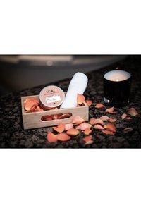 Matica Cosmetics - SURI CLEANSING BUTTER HONIG-ROSE - Cleanser - weiß - 3