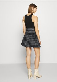 Molly Bracken - YOUNG LADIES SKIRT - A-snit nederdel/ A-formede nederdele - black - 2