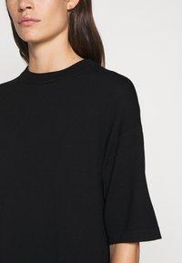 WEEKEND MaxMara - ONDA - Pletené šaty - schwarz - 5