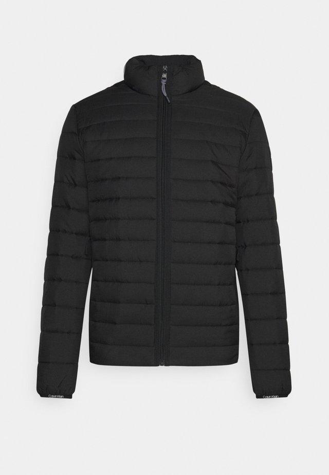 CRINKLE LINER - Light jacket - black