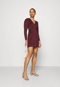 Closet - LONG SLEEVE SKATER DRESS - Jersey dress - burgundy - 1