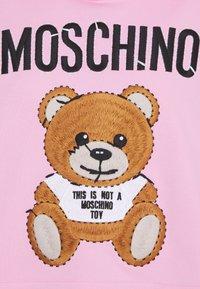 MOSCHINO - Sweatshirt - fantasy pink - 2
