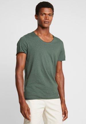 SLHNEWMERCE O-NECK TEE - T-shirt basique - cilantro/melange