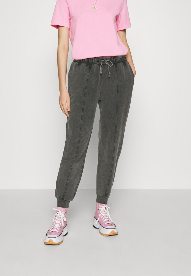 Topshop - ACID WASH  - Tracksuit bottoms - charcoal