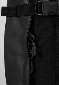 Dakine - RANGER TRAVEL PACK 45L UNISEX - Backpack - black - 5