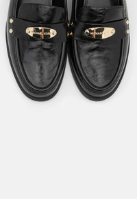 MICHAEL Michael Kors - FINLEY LOAFER - Instappers - black - 6
