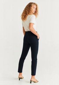 Mango - BOREAL6 - Pantalon - royal blue - 1
