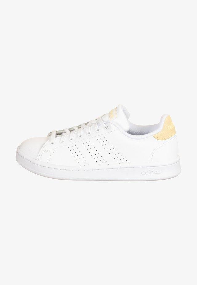 Sneakers laag - footwear white / orange tint