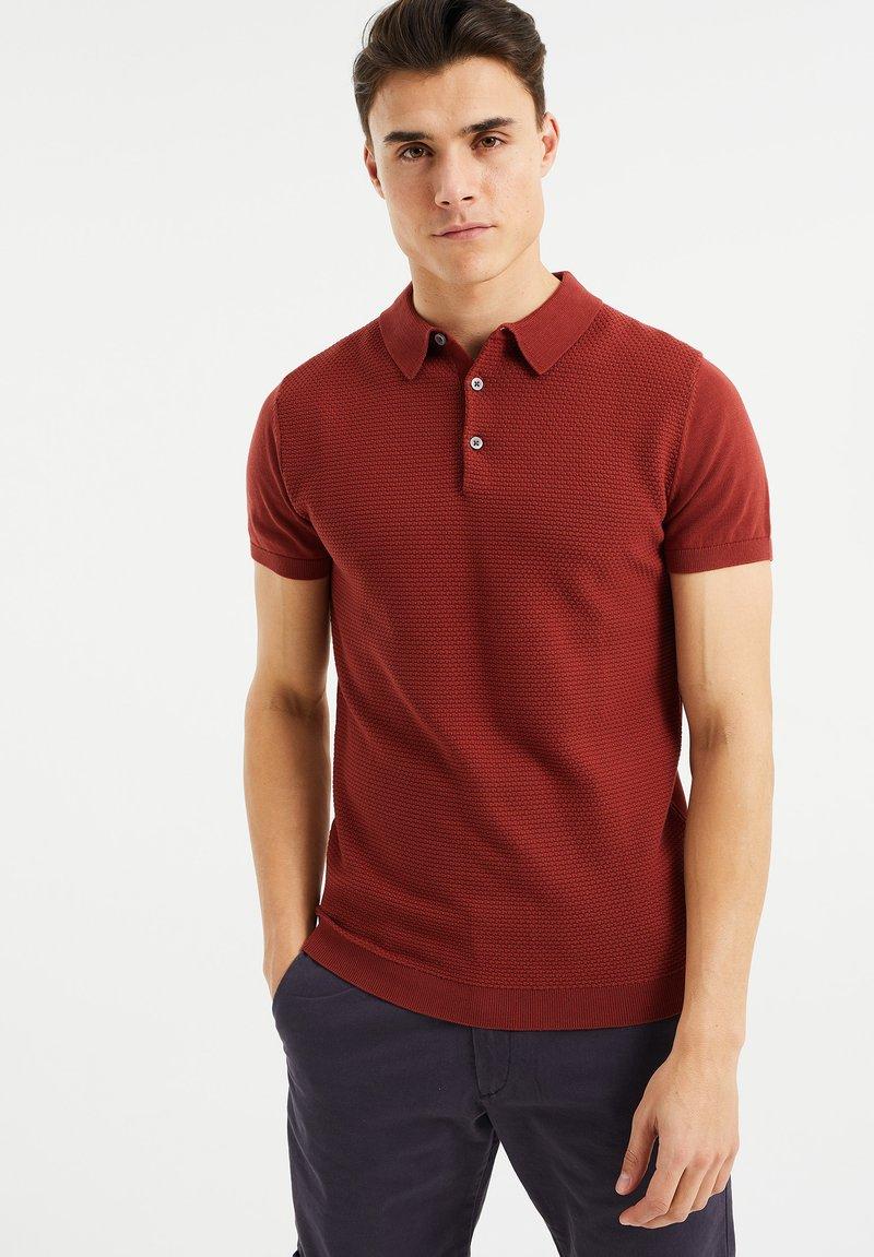 WE Fashion - MET STRUCTUUR - Poloshirt - red