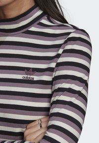 adidas Originals - SPORTS INSPIRED LONG SLEEVE - Camiseta de manga larga - black/owhite - 2