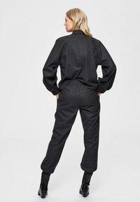 Selected Femme - Trousers - dark grey melange - 2