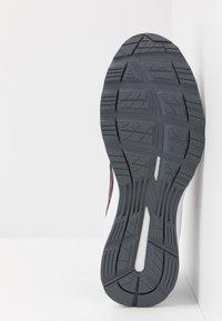 ASICS - GEL-BRAID - Zapatillas de running neutras - black - 4