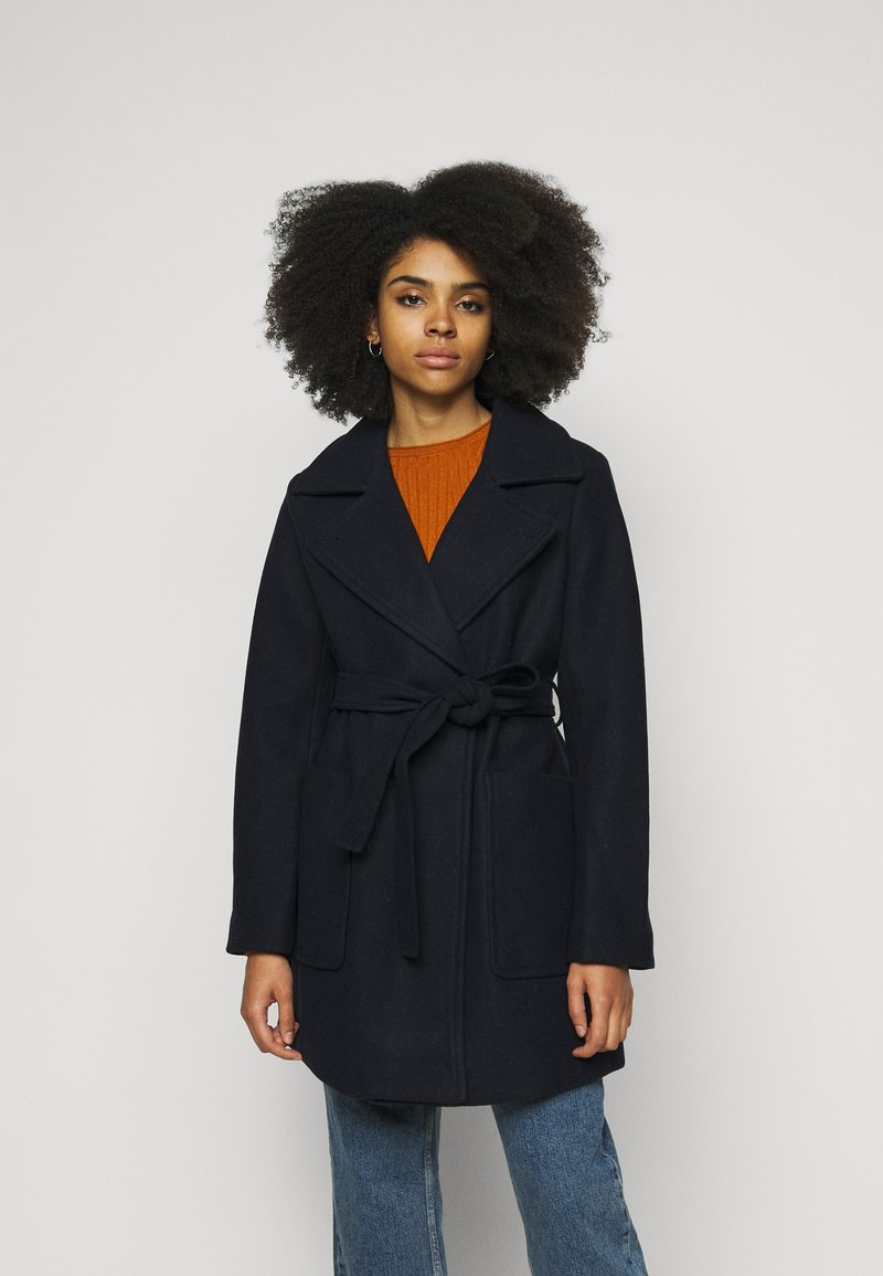 Fashion Union Petite - BOXER - Short coat - navy